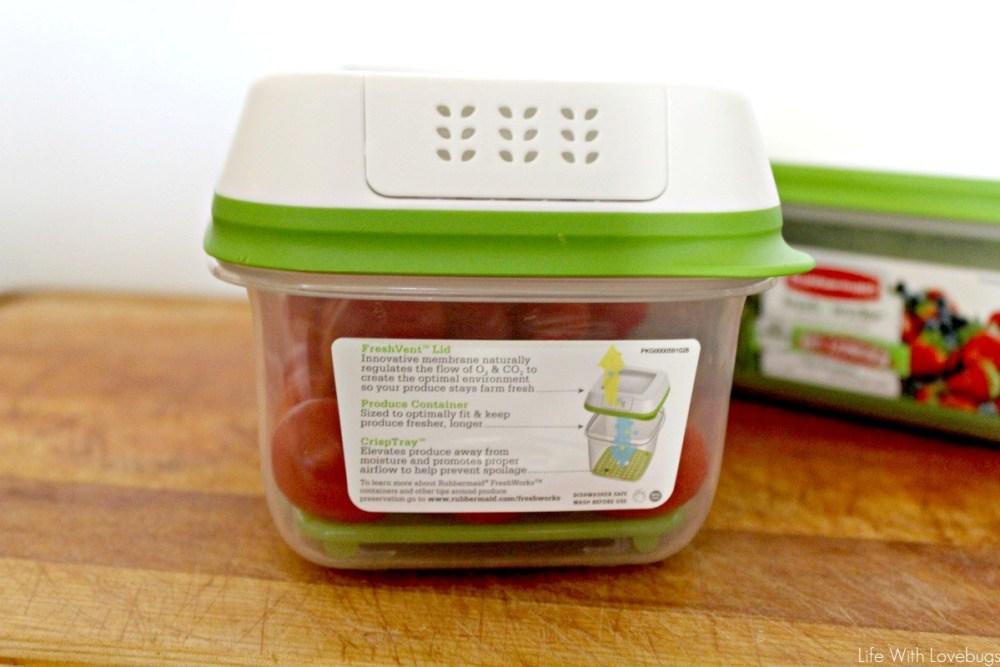 Keep Produce Fresh Longer with Rubbermaid FreshWorks™