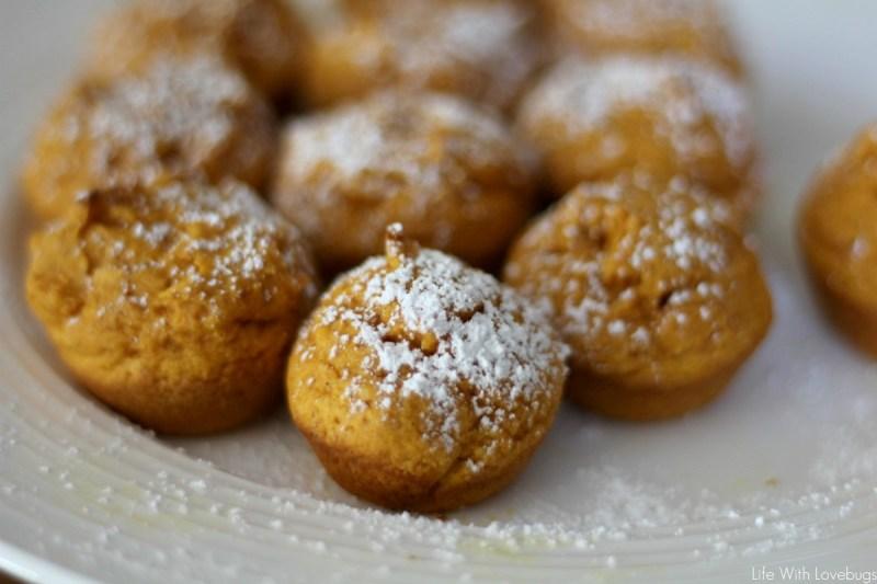 3 Ingredient Pumpkin Spice Muffins