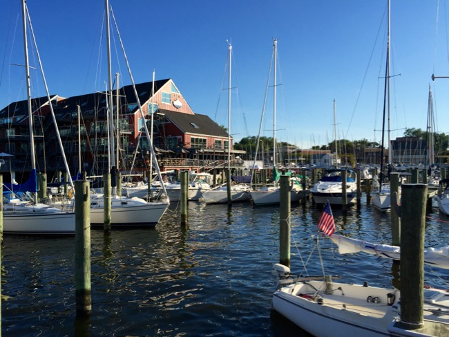 Carrol's Creek Cafe in Annapolis Maryland is a great DC day trip