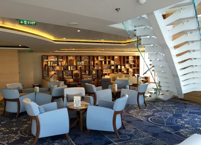 Explorer's Lounge, Viking Star