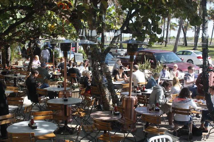 News Cafe on Ocean Drive in Miami Beach Florida