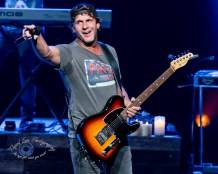 Billy Currington Photo by Sean Derrick/Thyrd Eye Photography