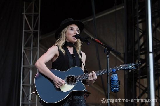 ZZ Ward at Loufest photo by Greg Artime