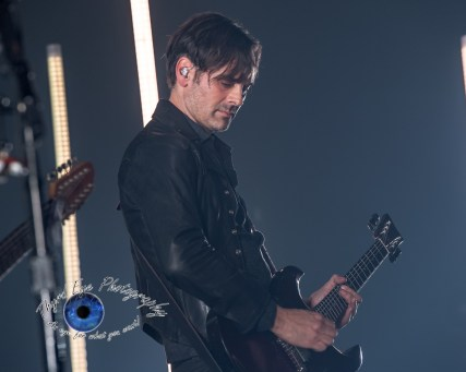 Dean Fertita of Queens of the Stone Age performing at Peabody Opera House in Saint Louis. Photo by Sean Derrick/Thyrd Eye Photography.