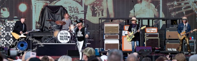 Cheap Trick performing Friday night at Busch Stadium. Photo by Sean Derrick/Thyrd Eye Photography.