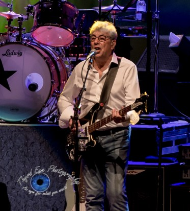 Graham Gouldman performing with Ringo Starr and his All-Starr Band at the Fabulous Fox Theatre in Saint Louis Friday. Photo by Sean Derrick/Thyrd Eye Photography.