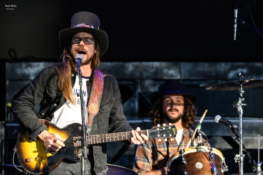 Lucas Nelson at the Hollywood Casino Amphitheatre. Photo by Keith Brake.