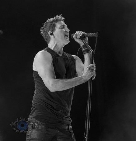 Third Eye Blind performing at Hollywood Casino Amphitheatre in Saint Louis Tuesday. Photo by Sean Derrick/Thyrd Eye Photography.