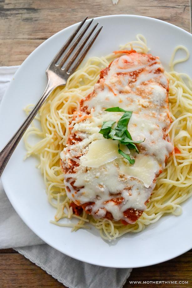 Skillet Chicken Parmesan | www.motherthyme.com