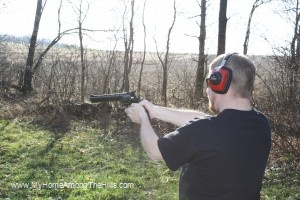 Shooting a 44 magnum