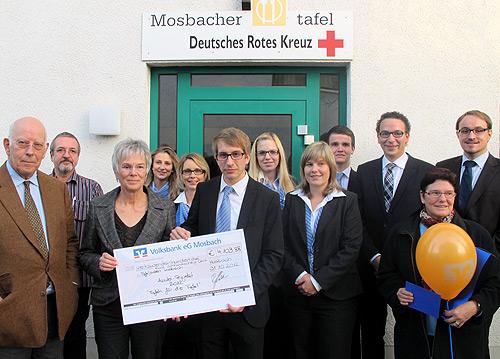 500 Spendenuebergabe Azubi Projekt 2012