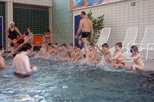DLRG Schwimmausbildung