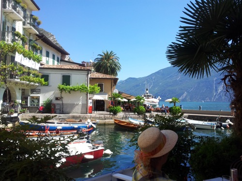 Gardasee Limone Vroni 479991052
