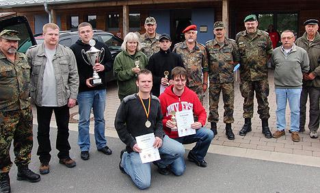 wpid-468Rekord-beim-Reservisten-Schiessen-2011-06-18-22-14.jpg