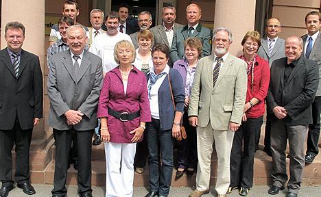 wpid-468Abschiede-und-Ehrungen-im-Landratsamt-2011-07-27-22-55.jpg