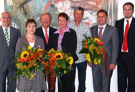 wpid-468Sparkasse-Neckartal-Odenwald-ehrte-Mitarbeiter-2011-07-12-20-59.jpg