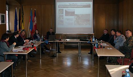 Gruene wollen Bundeswehr GEmeinden helfen