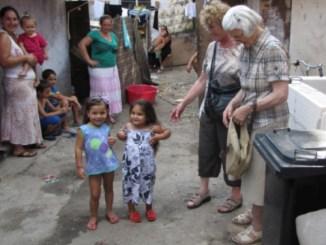 Hilfsaktion Frauengemeinschaften