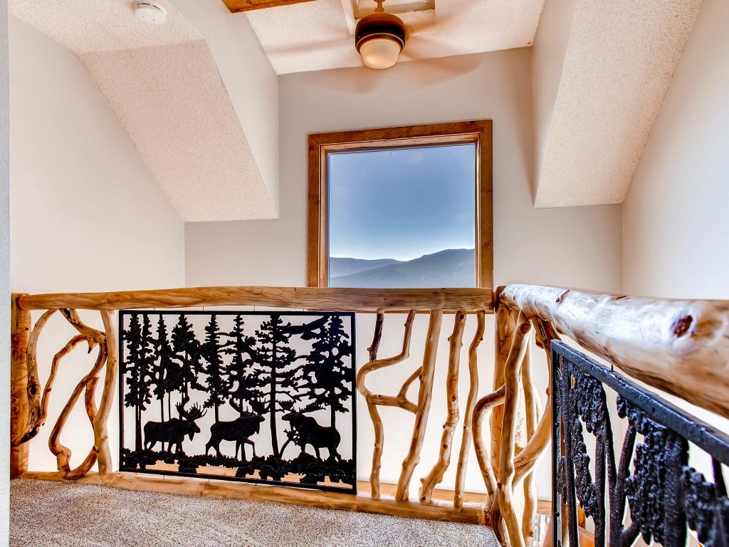 493-s-ridge-road-bailey-co-mls_size-020-18-2nd-floor-landing-2048x1536-72dpi