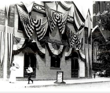 NSL109_Broadway Theater