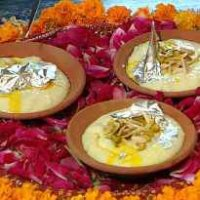 Gulabi Phirni/ Firni (Rose Flavoured Creamy Indian Rice Pudding)