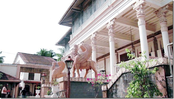 Two little hidden parsi towns that might just surprise you