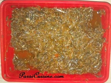 How to fry Levti (a very tiny freshwater fish found in Surat Gujarat India)