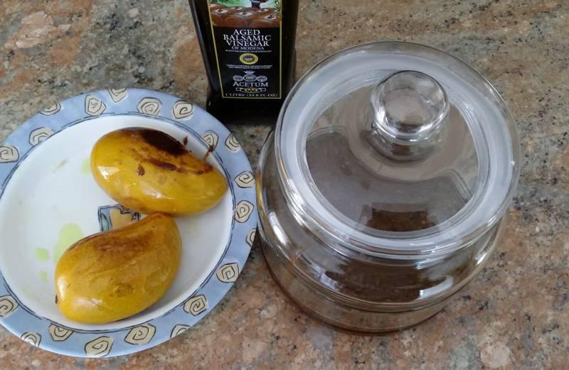 Pickled Mango Bafenu