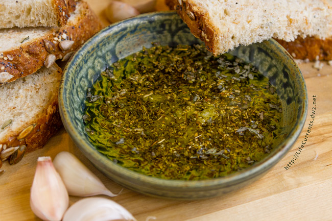 Garlic Dipping Oil by Life Currents