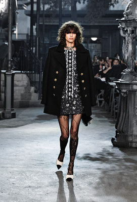 Chanel_runway_fashion_magazine_social (2)