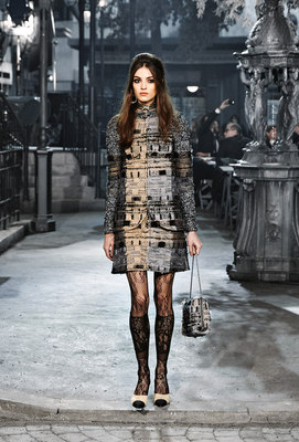 Chanel_runway_fashion_magazine_social (22)