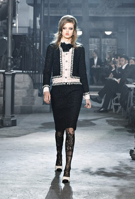 Chanel_runway_fashion_magazine_social (5)