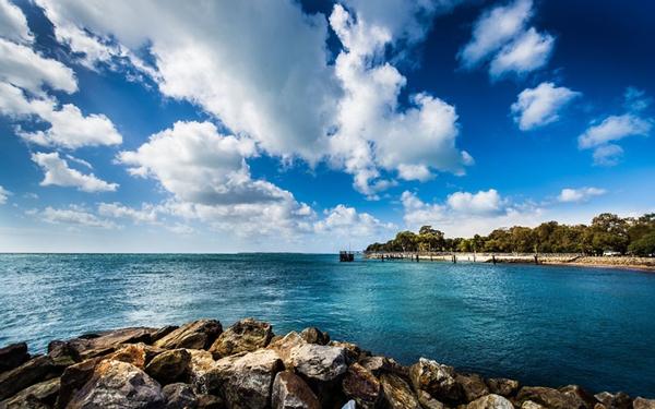 NORTH-STRADBROKE-ISLAND_Australia
