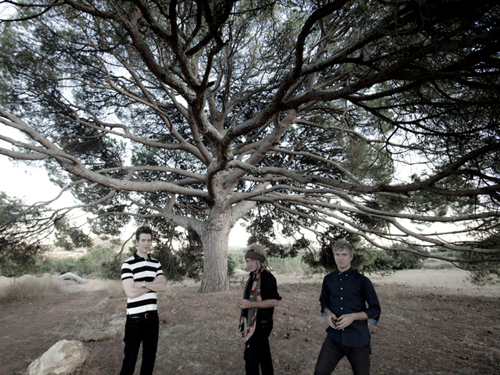 "Free Download: Nada Surf-""Waiting for Something"""