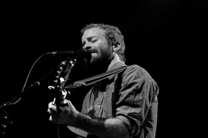 [Photos] Trampled By Turtles and Apache Relay 11/12 at Georgia Theatre