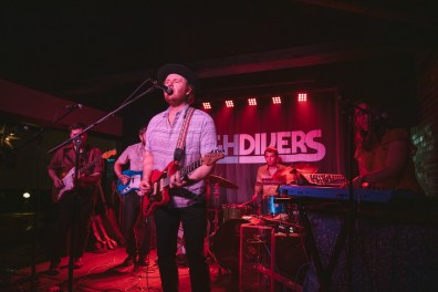High Divers-5875