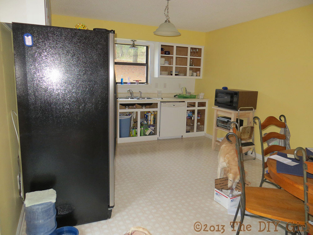 Painting kitchen walls - The DIY Girl