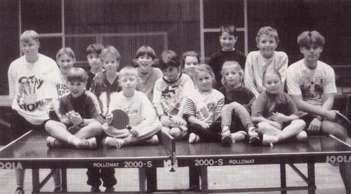 1996 - Die Tischtennis-Bambinos mit ihren Betreuern Ralf Winter und Jens Glaßer