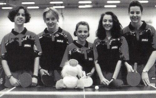 Der Württembergische Mannschaftsmeister 1993 v.l.n.r.: Melanie Rothfuß, Katrin Mayser, Agnes Herzberg, Maja Obradovic und Dorit Eckhardt