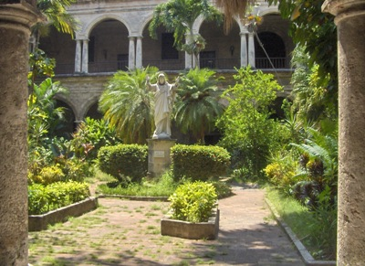 patio-interior-del-seminario-dimas1