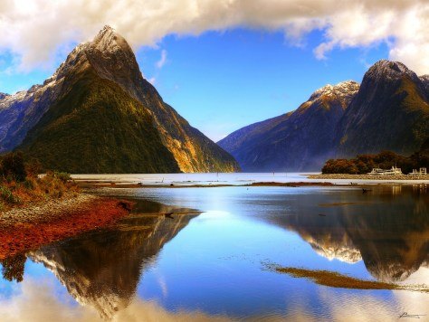 New Zealand's Milford Sound - photo by paul bica