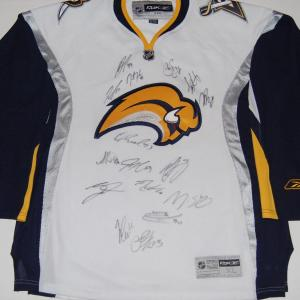 2017-18 BUFFALO SABRES team signed (HOCKEY JERSEY) W/COA Eichel O'Reilly + more