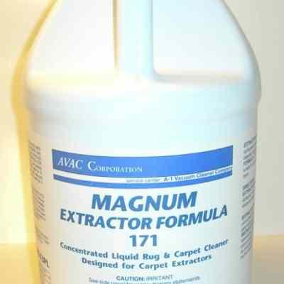 """MagNuM """"non-foaming"""" Extractor Shampoo Formula - Gallon Jug"""