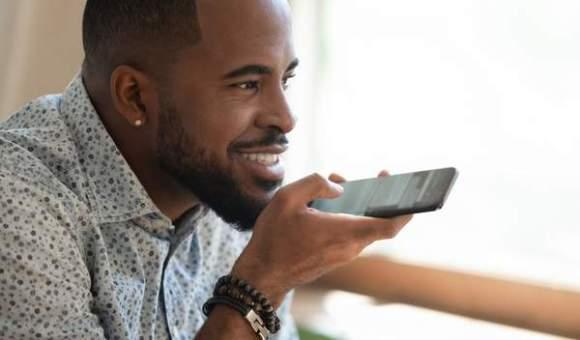 Recherche vocale et assistance digitale