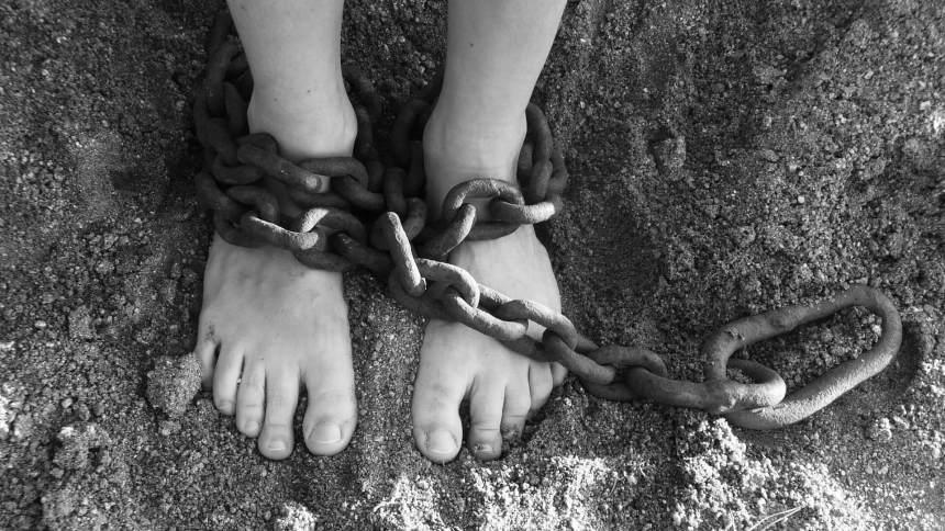 La verità sul sistema Hot Spot – Violazioni e illegalità a Lampedusa