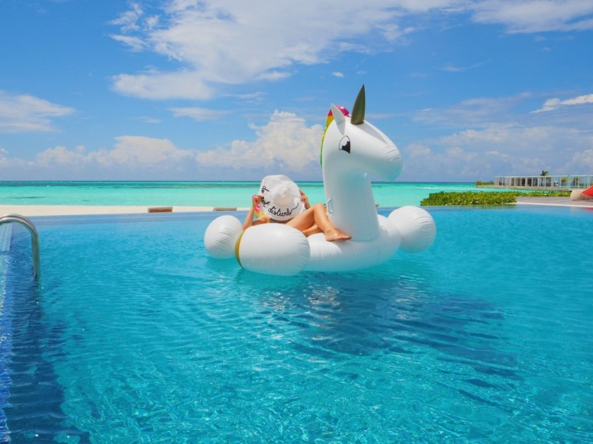 unicorn floatie Maldives