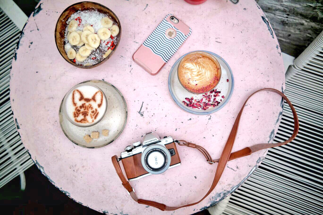 London's Most Instagrammable Cafe - Farm Girl