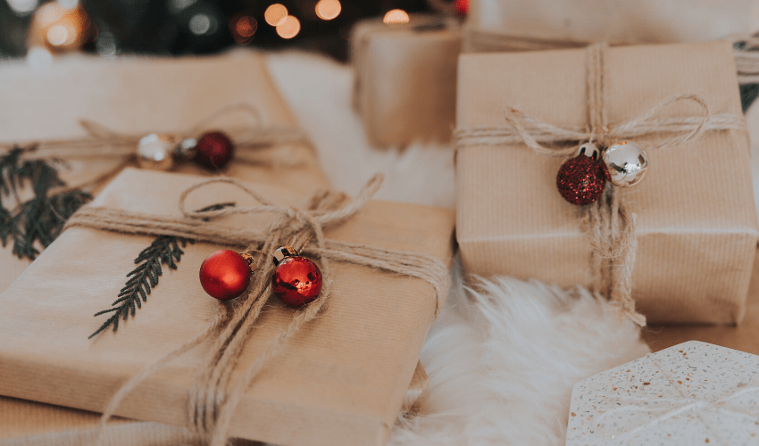 Last Minute gift Ideas for Travel Lovers