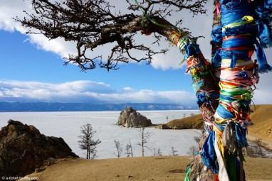 Russie, Ile d'Olkhon, rocher chamanisme