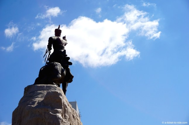 Mongolie, Oulan Bator, statue Genghis Khan